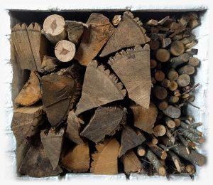 seasoned-fire-wood-creosote